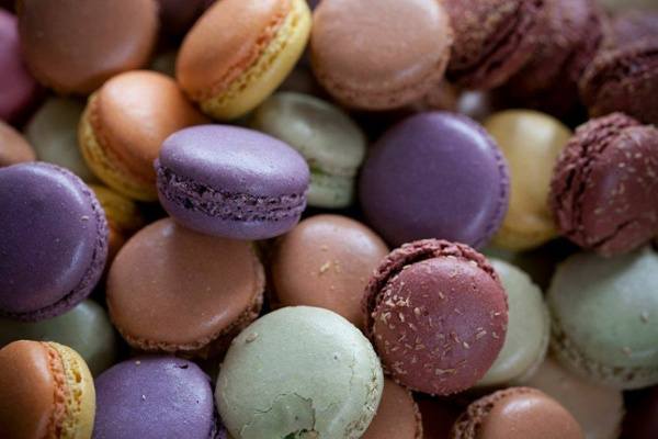 paris gourmet specialty food importer macarons